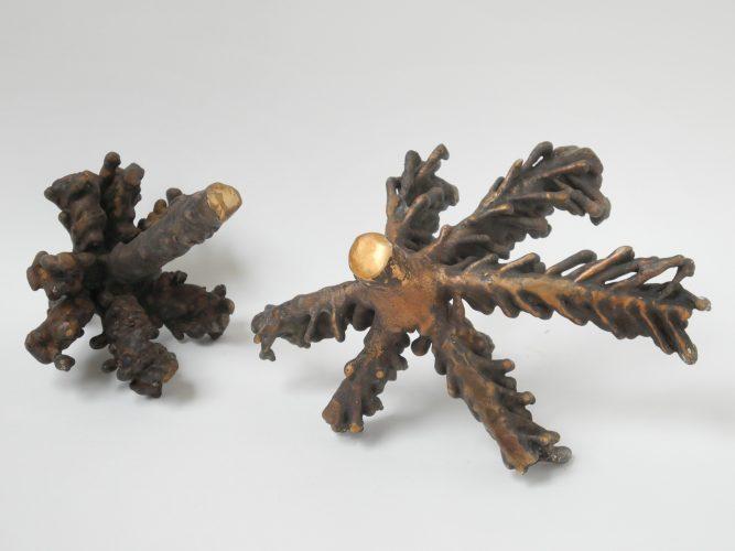 Christenbaum I und II (Tannenzweige in Bronze)